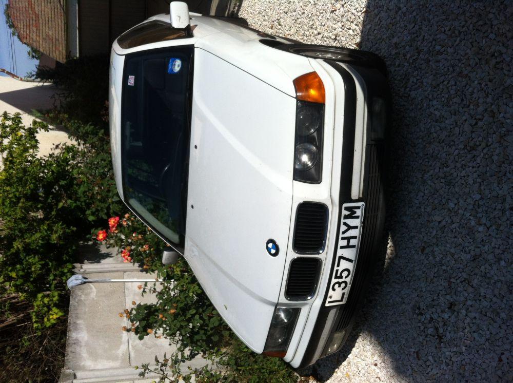 BMW E36 BONTOTT ALKATRÉSZEK
