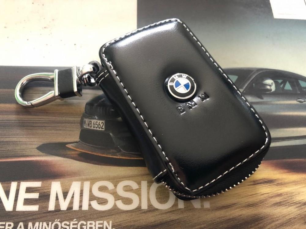 BMW BŐR KULCSTARTÓ TOK